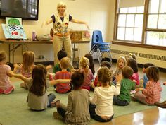 Miss Carole @ PreK+K Sharing has a Bat song of fun! (with props!)