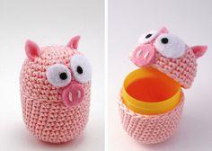 plastic containers, craft, eggs, crochet, kinder egg, pig, amigurumi