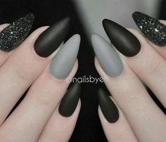 "Black and grey sparkles. Stiletto nails. <a class=""pintag searchlink"" data-query=""%23naildesign"" data-type=""hashtag"" href=""/search/?q=%23naildesign&rs=hashtag"" rel=""nofollow"" title=""#naildesign search Pinterest"">#naildesign</a>..."