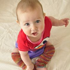 Free pattern for baby leg warmers (knitted).