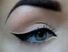 eye makeup, cat eyes, black cats, black gold, winged eyeliner, highlight, eye liner, gold accents, prom makeup
