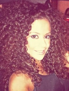 Naturally curly hair-- THIS is the dream hair! My goodness that is GORGEOUS! <3