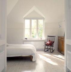 Minimalist white bedroom - so peaceful!