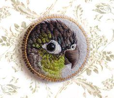 green cheek conure, bird badg, embroidered bird, embroid bird, parrot, brooch, birds, fiber art, conieco