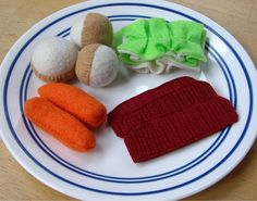 Felt food corned beef and cabbage, now with texture! by ivers, via Flickr