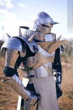Full Metal Alchemist: Alphonse Elric cosplay.