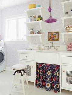 Love this pretty laundry room! Designer Alison Kandler's House in HGTV Magazine   hookedonhouses.net