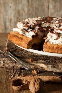 Nutella and meringue tart