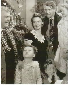 'It's a Wonderful Life'...all time favorite Christmas movie <3