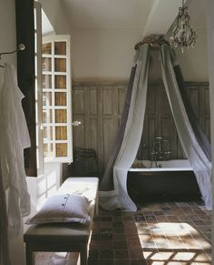 French bathroom #paneling