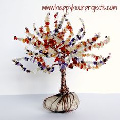 Pretty! DIY Wire and Bead tree...Personalize it with family/birthstones...