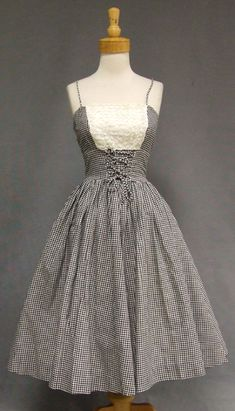 1950's black and white gingham summer dress. Love the lace-up waist.