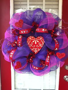 Valentine's Wreath - maybe i could do this??