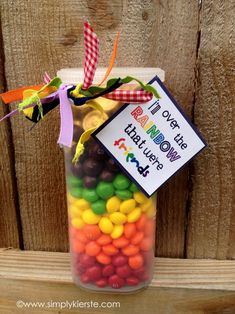 CUTE and easy gift--for teachers, friends, neighbors, and more!  Free printable at www.simplykierste.com