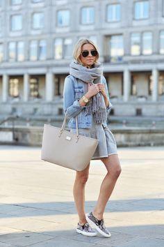 skirt, snake slip on, travel outfits