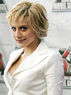 Brittany Murphy is short on hair but long on style.