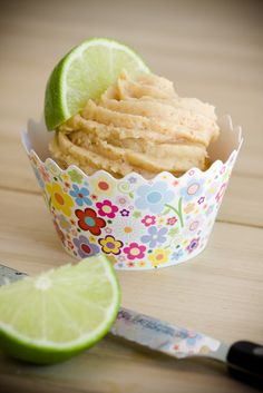 Key lime cupcakes with graham cracker frosting!