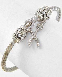 Dangling Scissor Bracelet - Love me some cosmetology jewelry.