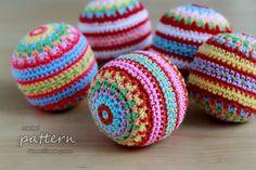 New Crochet Pattern – Colorful Mosaic Christmas Balls balls, crochet ball, christma ball, crochet christma, christmas, color mosaic, mosaic christma, crochet patterns, hot knit