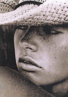 face, white, beauti, freckles, cowboy hats