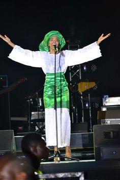 Michelle Williams (Destiny's Child) in Nigerian attire - Iro and Bubba