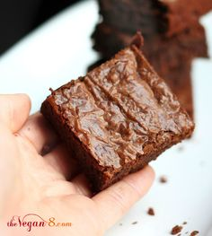 How I made the perfect brownie....aka Fudgy Coconut Butter Brownies and ONLY 8 Ingredients! #vegan #glutenfree #oilfree #thevegan8 #brownies