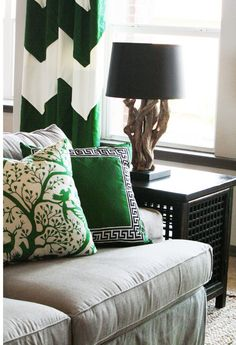 pillow, living rooms, color, emerald, lamp, living room designs, kelly green, tan, curtain