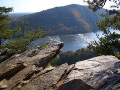 Weverton Cliffs Hike, Harpers Ferry West Virginia