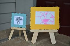 Mini easels made of wood craft sticks - how about putting on a mini art show? So cute!