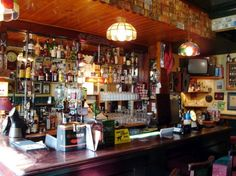 best pub in Cork, Ireland: Dennehys Pub