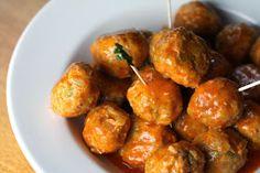 Recipes, Dinner Ideas, Healthy Recipes & Food Guide: Buffalo Chicken Meatballs