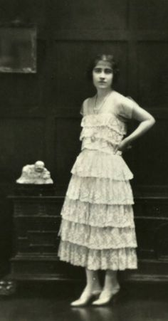 Elizabeth Bowes-Lyon, later duchess of York and Queen consort of Great Britain. Early 1920s.