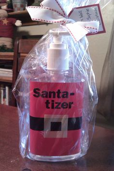 super cute idea to re-label a hand sanitizer bottle and make it into an adorable Santa-tizer - great teacher gift / seasonal Christmas gift for the teacher, or it could be used for any occasion!