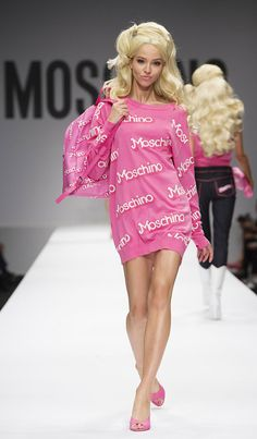 Spring-Summer-2015-Fashion-Model-Moschino-Barbie-Look