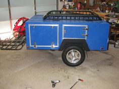 Nice Explorer Box variation, check out the build story on Tventuring at http://tventuring.com/trailerforum/thread-27.html