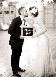 Glitzy New Orleans wedding details (Photo: Nancy Neil)
