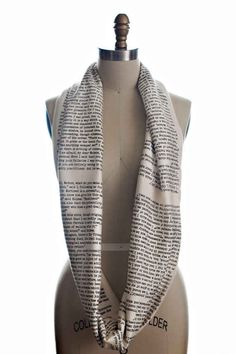 Sherlock Holmes Circle Scarf   37 Ways To Proudly Wear Your Love Of Books