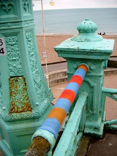 beautiful Brighton yarnbomb