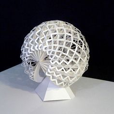 I created this pop up sculpture in the year 1989. It has more than 350 glueing points.  © Peter Dahmen