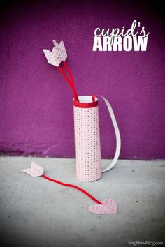 Make an adorable Cupid's Arrows and Quiver with paper, pipe cleaners and a coozie! | #valentines #marthastewartcrafts #12monthsofmartha