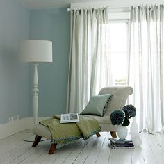 farm, reading corners, chaise lounges, beach cottages, spare bedrooms, chandeliers, interiors, stylists, wall colours