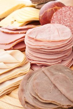 lunch meat: know you label lingo for back to school lunches