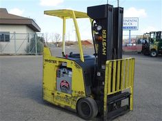 2005 #Hyster E40HSD #usedforklifts for Sale - Capacity: 4,000 - Mast: 90 / 259 - W/36V BATTERY, S/S, FREEZER CONDITIONING #materialhandling