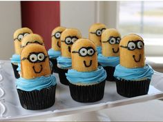 minions, minion cupcakes twinkies, gift ideas, food, gifts, yummi recip, cooking, lollipops, diy projects