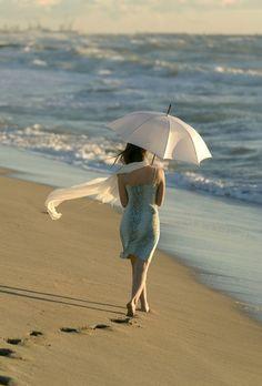 sand, white umbrella, medicin, footprint, walk, gorgeous beach