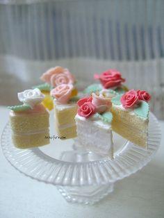 ❥ rose mini cakes