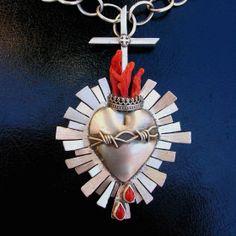Corazon Necklace