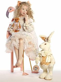 Alice in Wonderland - 2010 Hildegard Gunzel Porcelain Collection