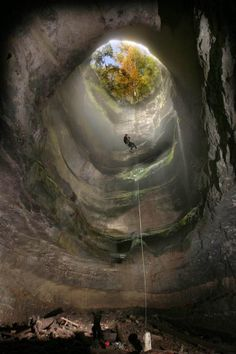 The Neversink Pit Sinkhole in Alabama