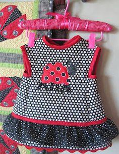 """Lady Bug"" baby bib pattern"